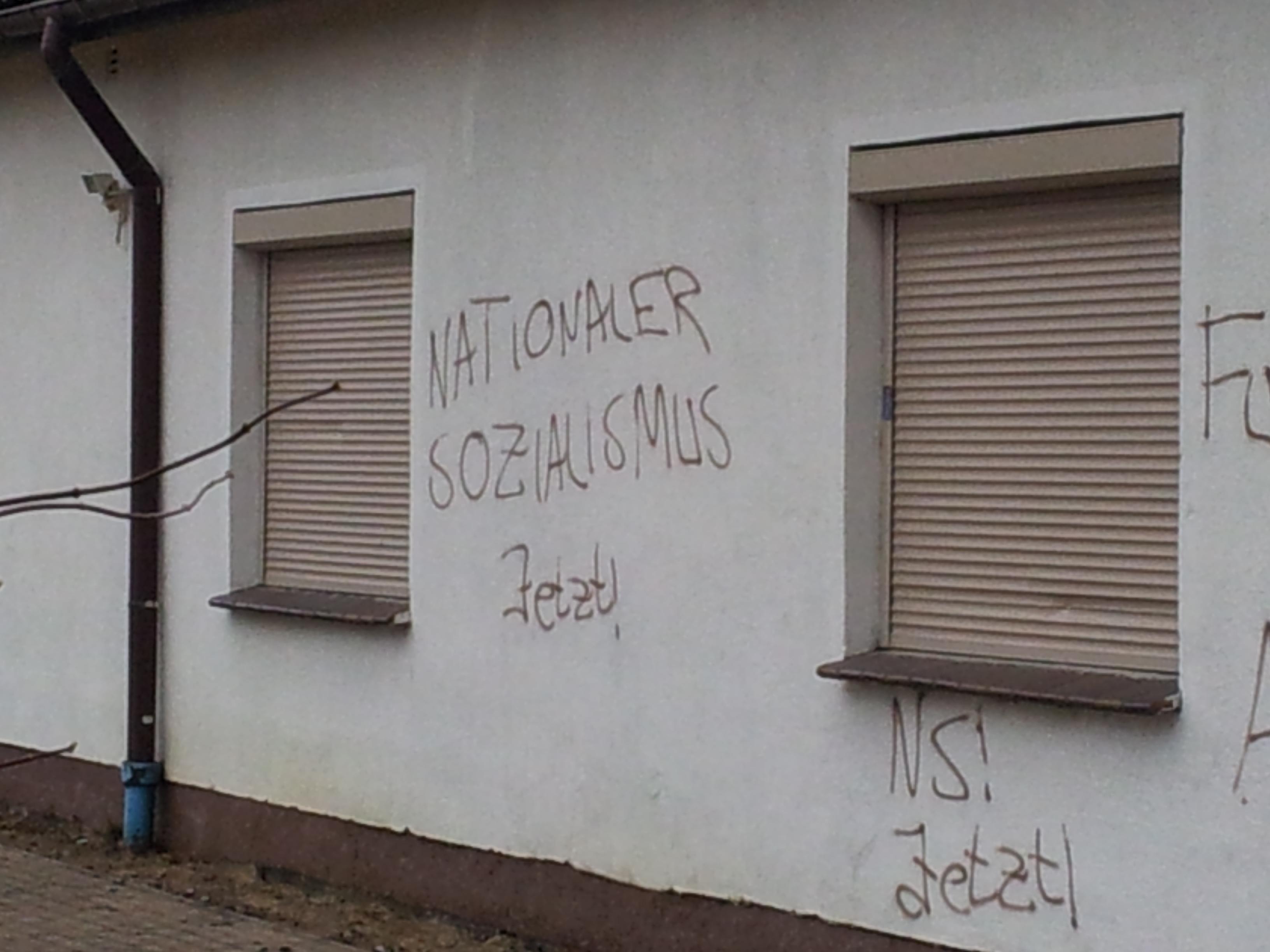 "\""nationaler Sozialismus jetzt\"""